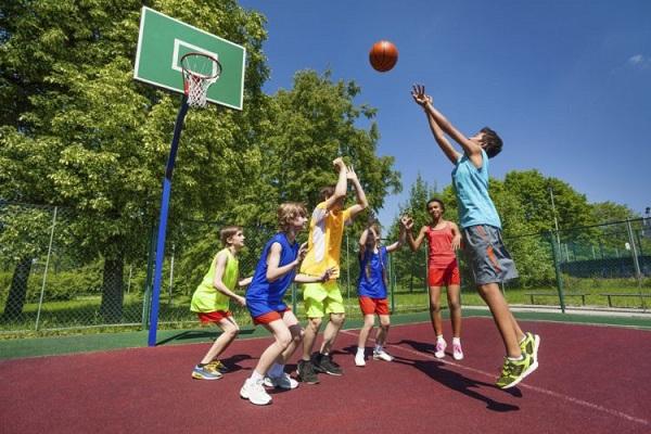 Thói quen vận động ảnh hưởng đến chiều cao của trẻ