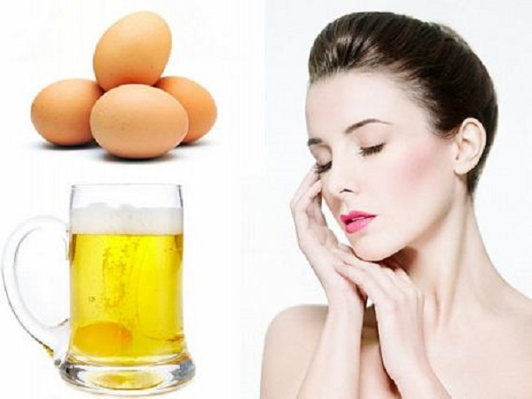Làm trắng da mặt bằng bia kết hợp với trứng gà là cách làm đẹp được nhiều chị em chia sẻ