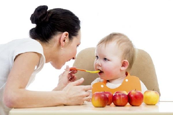Lượng canxi cần thiết cho trẻ 8 tháng tuổi