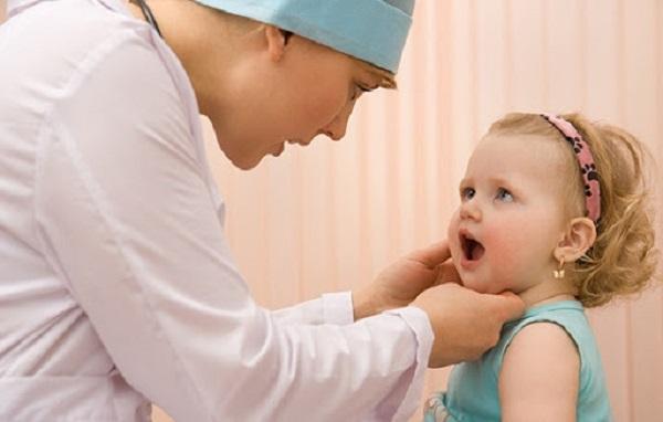 Vì sao trẻ thiếu canxi lại chậm mọc răng?