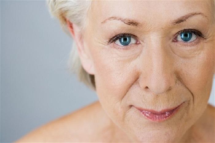 Tại sao nên bổ sung collagen cho phụ nữ trên 50 tuổi?