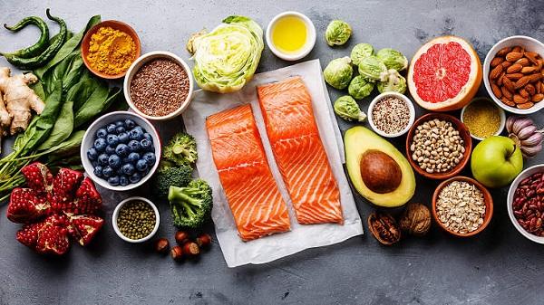 Cân bằng chế độ ăn uống và vận động