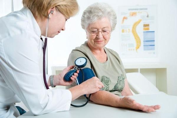 Huyết áp bình thường của người già