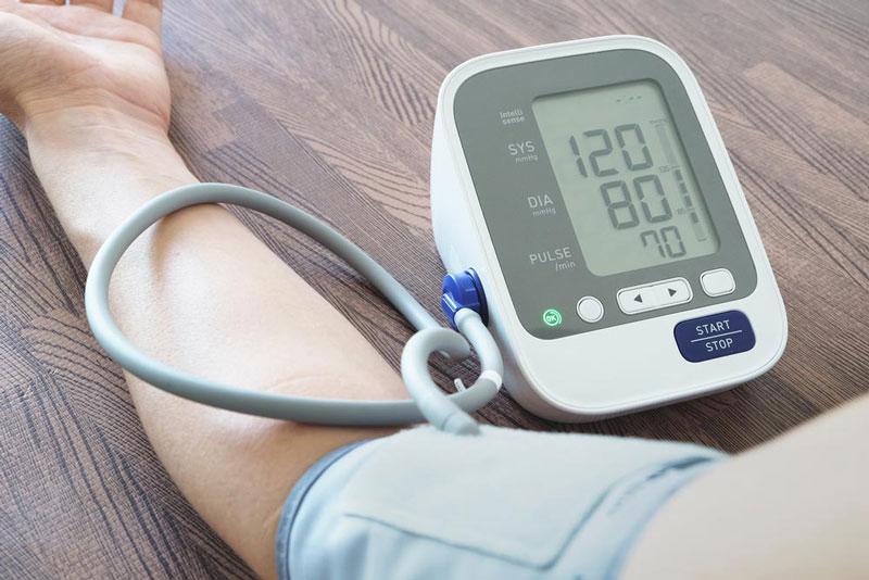 Chỉ số huyết áp bình thường của người trưởng thành là dưới 120/80 mmHg