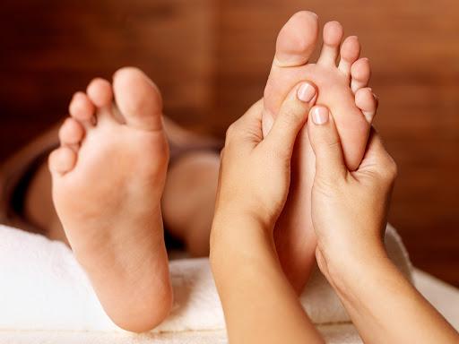 Massage bằng kem dưỡng