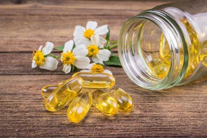 Sữa ong chúa với vitamin E để dưỡng ẩm