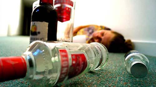 Cách xử lý khi bị ngộ độc rượu
